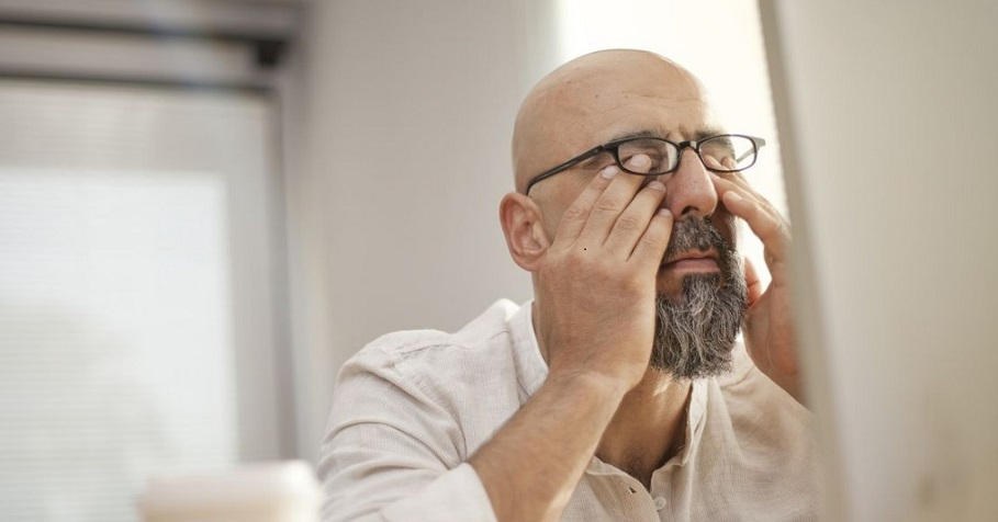 Computer Vision Syndrome (CVS): Does Eye Color Affect Work Fatigue?